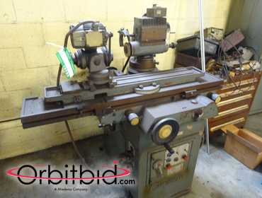 (1) Cincinnati model MT Tool & Cutter Grind Machine, SN: 1D2F1AAF201.