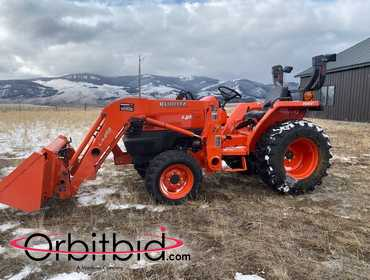 Kubota L2800 Loader Tractor with only 126 actual hours