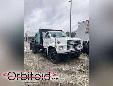 Orbitbid com®   (1) 1993 Ford F700 Single Axle Flatbed Truck