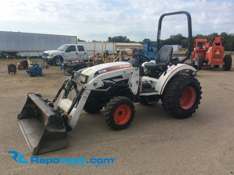 Repocast com® | 2007 Bobcat CT230 4x4 Diesel Tractor with Loader