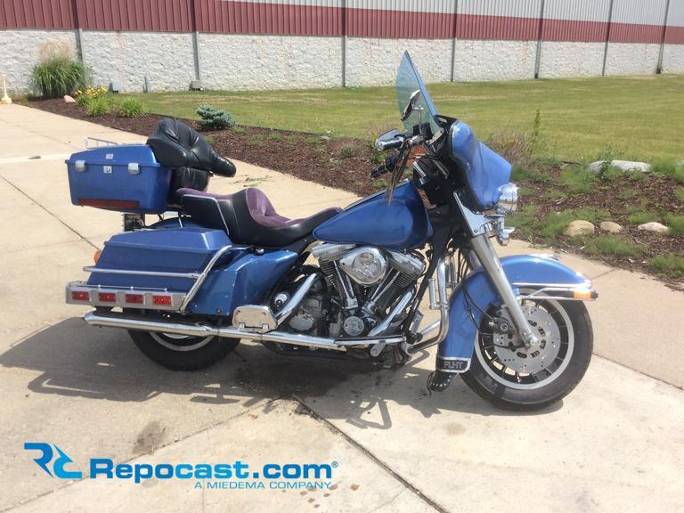 Repocast com® | 1984 Harley Davidson FLHT