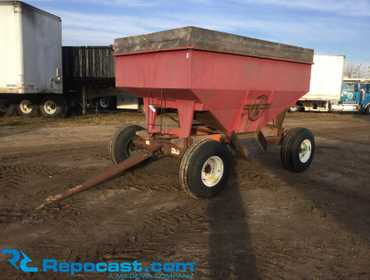 10'L x 6'W gravity wagon with Kory Farm Equipment 8 ton running gear Model 6872, manual grain...