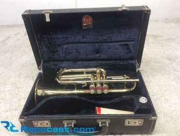 Repocast com® | CONN Trumpet Director with Case Cornet