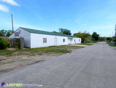 Bank Owned 5,300 Sq. Ft. Commercial Building in Pinconning, MI