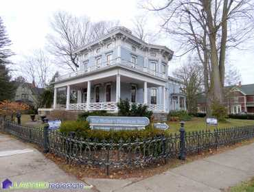 Historic Delano Inn Bed and Breakfast in Allegan, MI