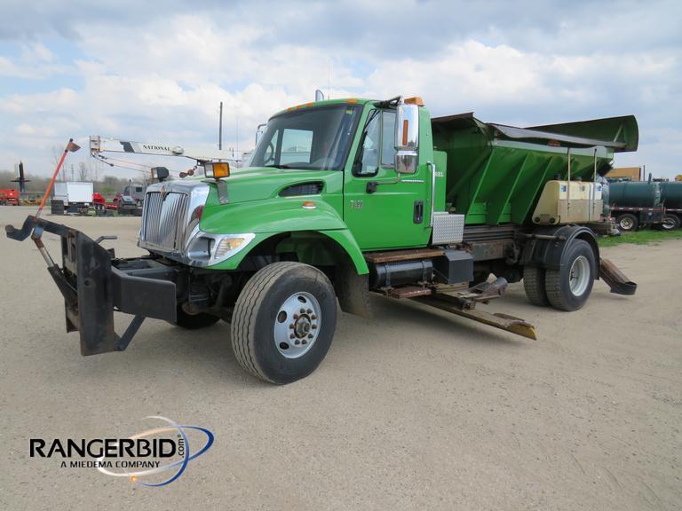 RangerBid com | 2006 International 7400 SFA Dump Truck IHTWDAARX6J362814
