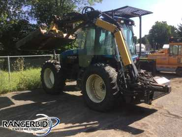2001 New Holland TV 140 A