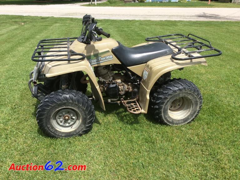 Auction62 com   2000 Yamaha Bear Tracker