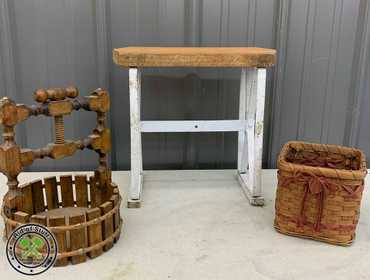 Cool Ridofstuff Com Small Wooden Metal Leg Doll Bench Inzonedesignstudio Interior Chair Design Inzonedesignstudiocom
