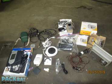 8a9988847ea Several different electronic items. Includes a wireless weather projector