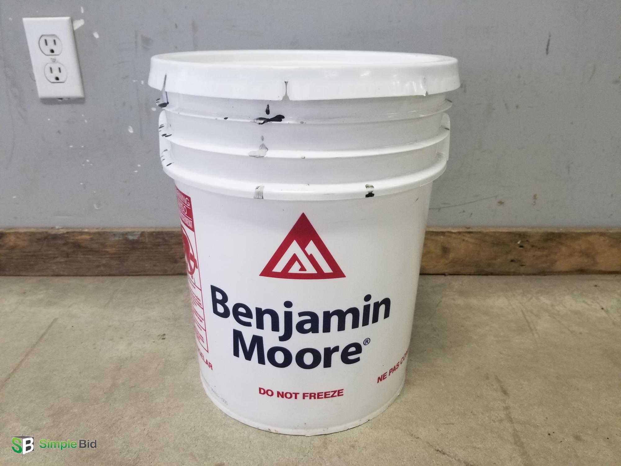 Simplebid Inc Benjamin Moore Regal Select Matte